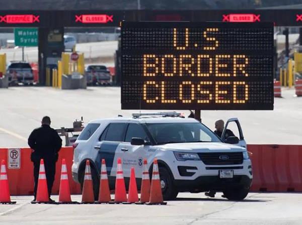 加拿大因疫情不欢迎美国游客:美牌照汽车频遭破坏