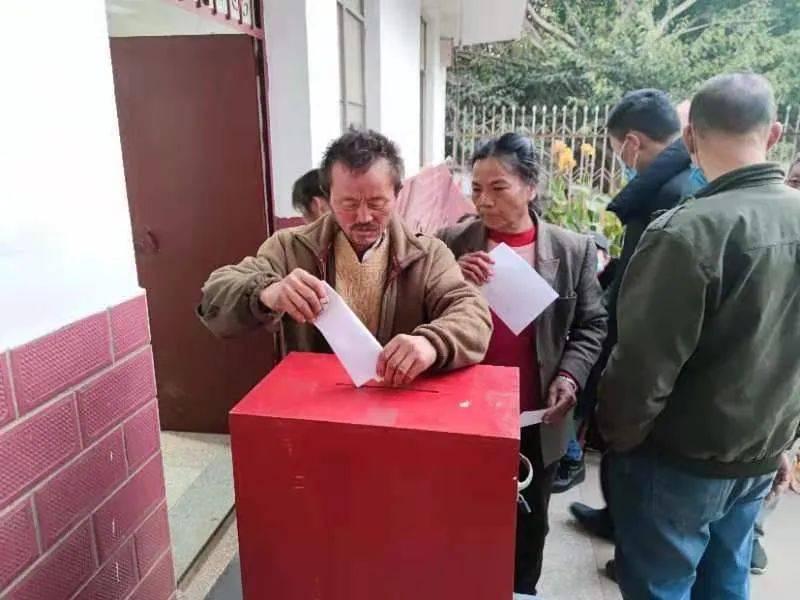红塔区:新一届居民代表推选工作完成
