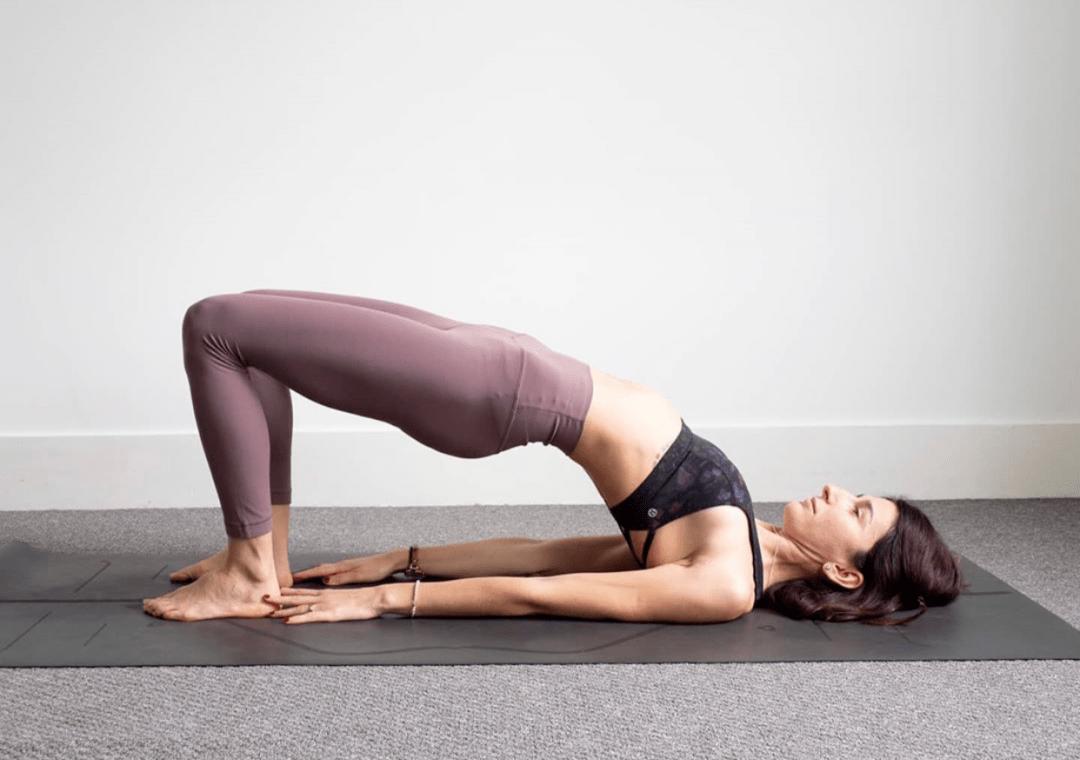 瑜伽课中上镜率最高的桥式,你很有可能一直做错了!