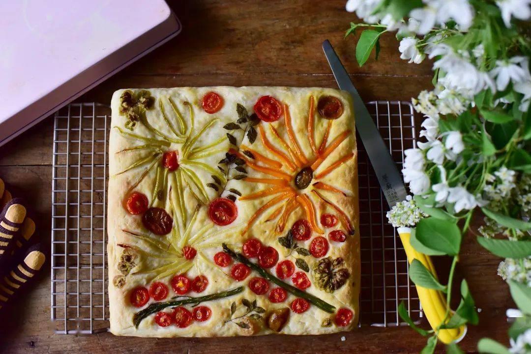 学厨烘焙 ▏面包艺术【油画佛卡恰】—— KT7024 11寸Hello Kitty不粘方盘