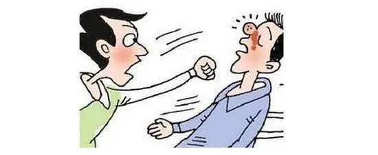 【微普法】男子醉酒殴打路人,小心酒后的冲动!
