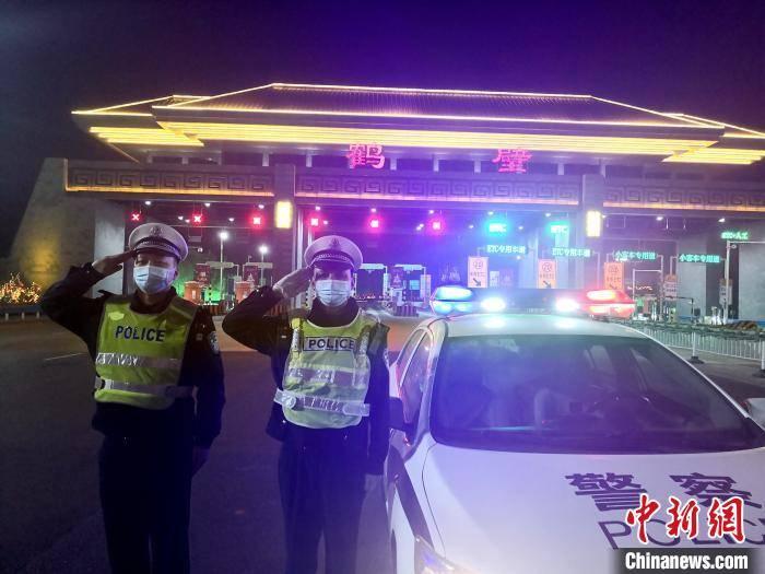 河南:初六早8时至晚8时境内高速禁行货车