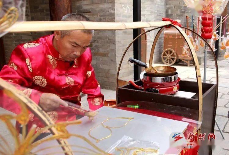 房车出游新风尚 忻州古城品年味