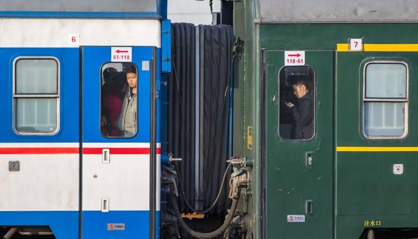 地方新闻精选|沈阳铁路局9对普速列车试点全列禁烟 陕西省2020年发掘古墓3956座