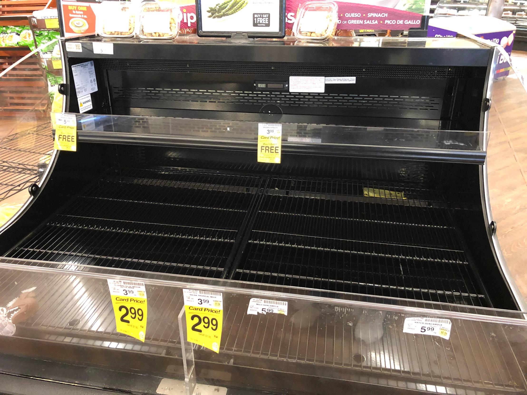 德克萨斯:一个空荡荡的超市