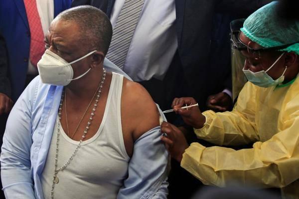 津巴布韦首个暴发新冠疫情省份收到首批中国疫苗