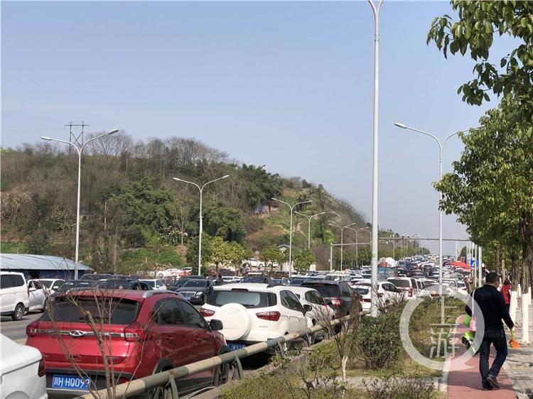 重庆牛栏坝爆红成渝尔代夫第二 本地土著大呼不知道