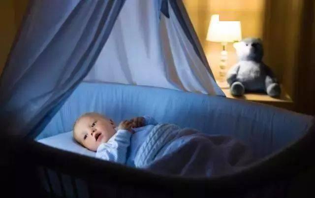 孩子睡觉磨牙是肚里有虫吗?