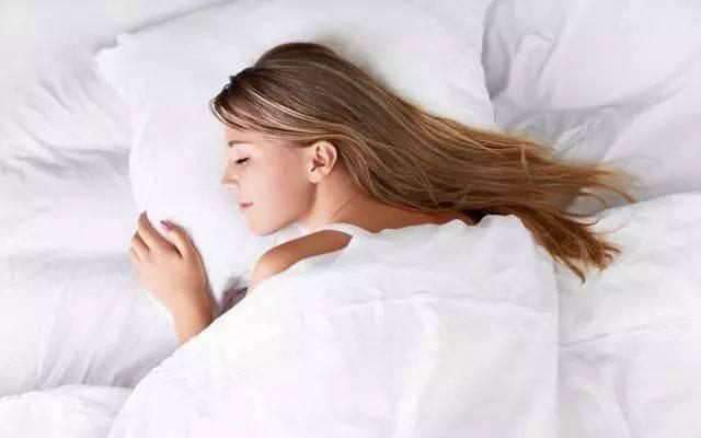 晚上睡觉前,有5个习惯的人,身体比较健康,易长寿