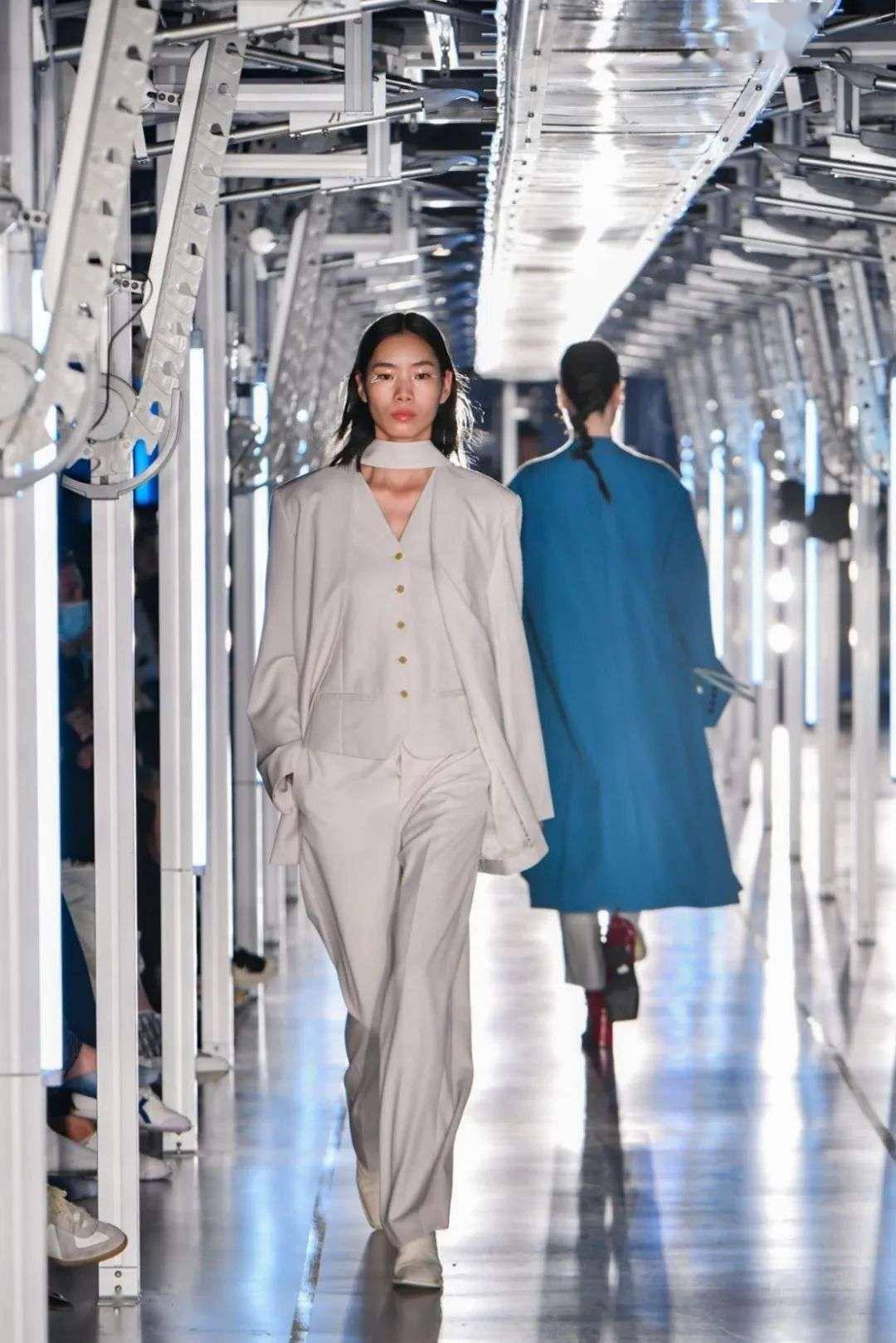 海淘客:原标题:专访淘宝服饰负责人乔乔:万亿规模的「创新实验室」 投稿 第5张
