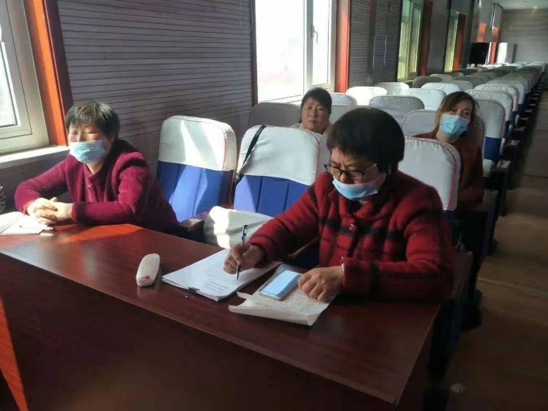 高庄镇图书管理员培训班开课了插图1