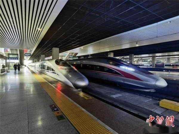 全国铁路今起调图 延安至成都首开直达动车