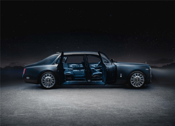 劳斯莱斯幻影天魄中国首发:躺在车里看星河的照片 - 9