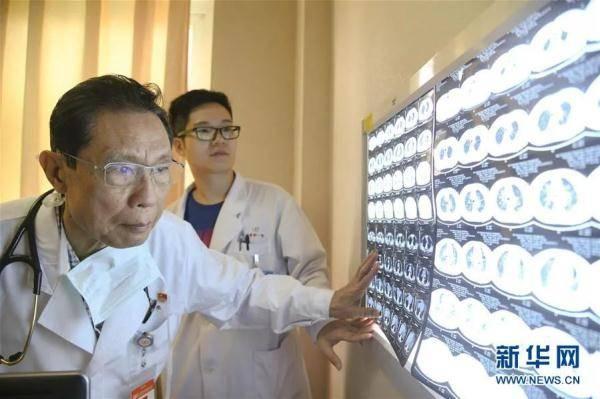 复阳1例!关于新冠疫苗,钟南山透露一个重要消息