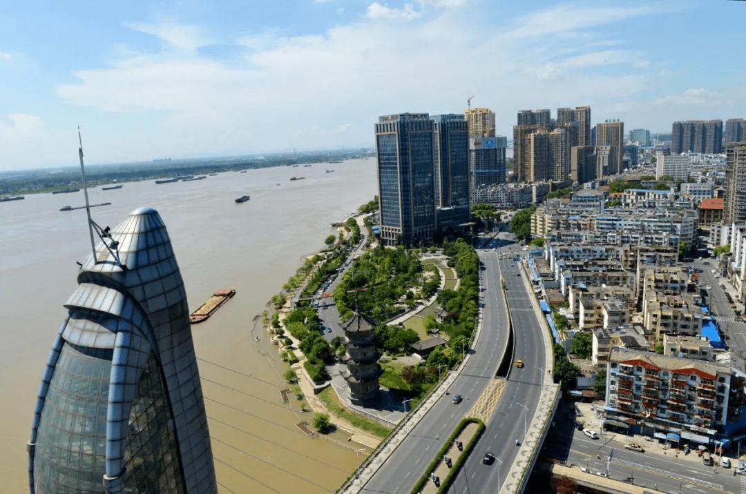gdp中国城市排名榜_中国城市排行榜出炉!太原稳居二线!