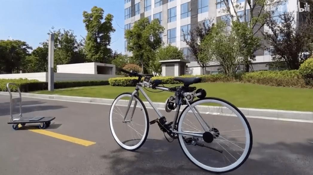 """""""搏一搏,单车变摩托!""""华为天才少年耗时四个月,将自行车强势升级为自动驾驶"""