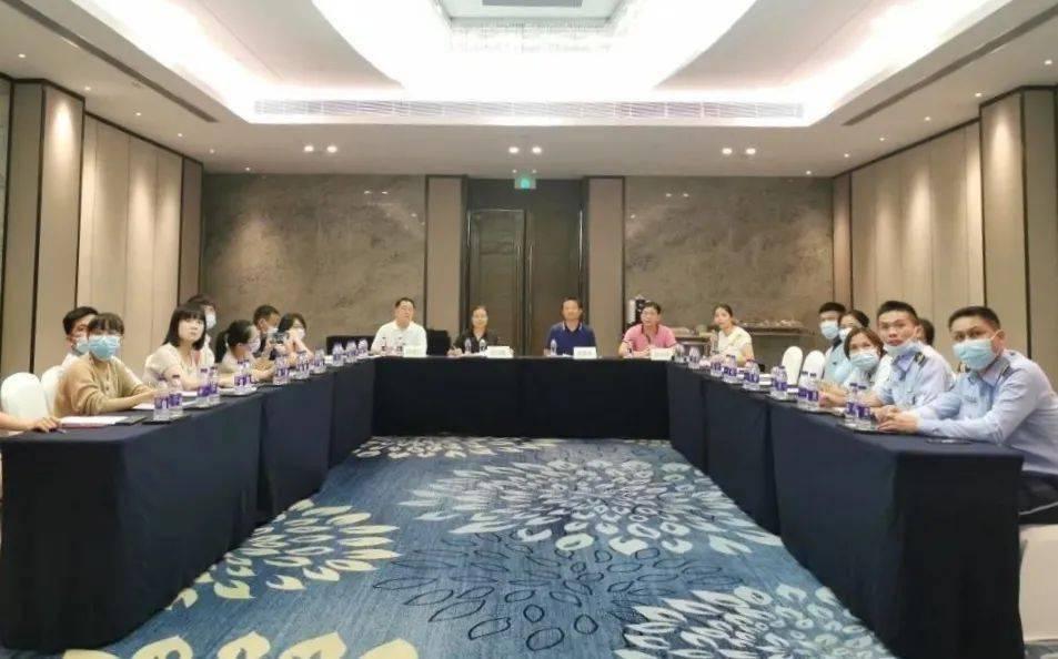 三亚市总工会对三亚市财贸旅游工会相关基层工会进行综合考核