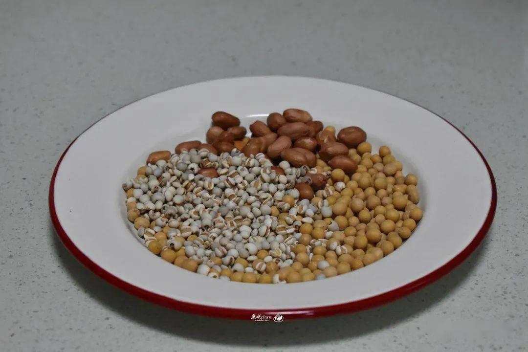 豆浆多加这两样食材 香滑细腻 比牛奶好喝又营养 女性越喝越美-家庭网