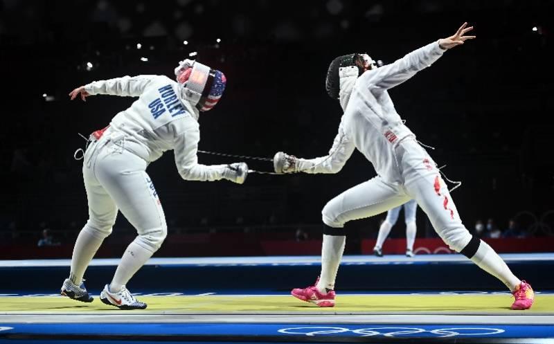组图:奥运会女子重剑个人赛,中美选手亮剑PK