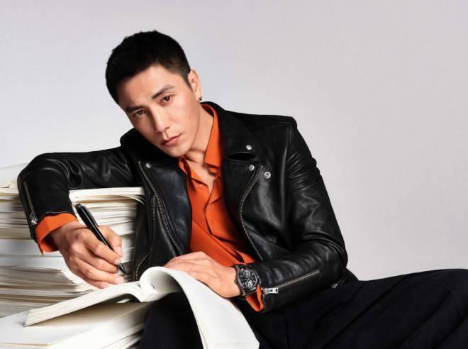 演员陈坤最新照片大片曝光充分发挥了他的潜力