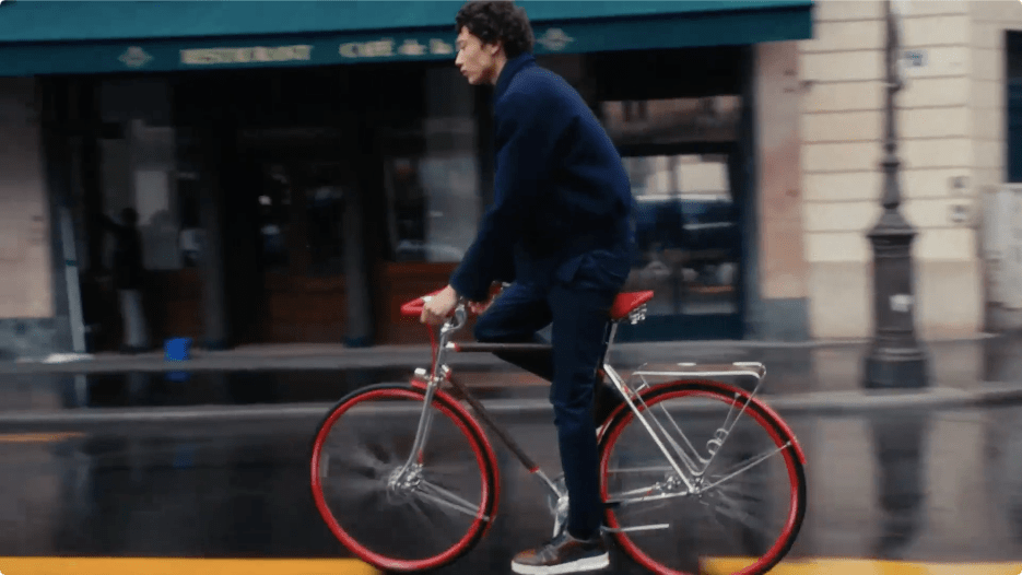 LV卖自行车了20万一辆!这该死的高级感太绝!网友:比汽车还贵...