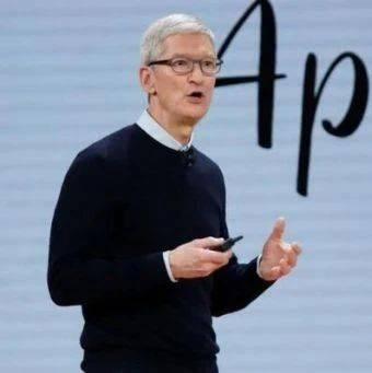 热搜第一!苹果CEO库克微博发中秋祝福,网友调侃:你也没抢到13啊!