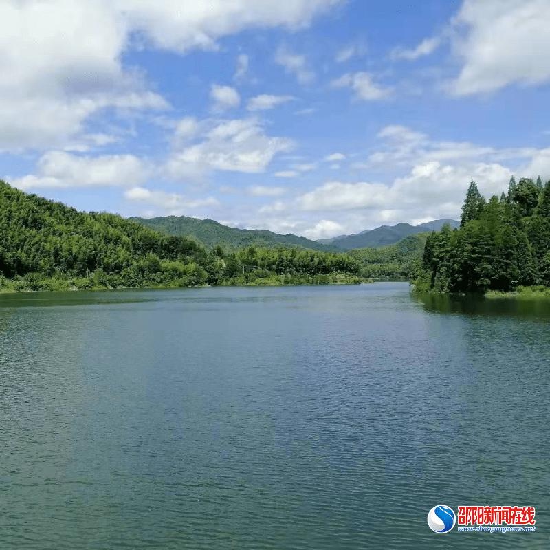 新宁县麻林瑶族乡落实河道保洁机制 重抓河长制管理