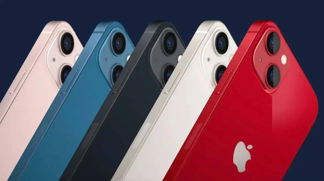 """首批 iPhone 13 用户直呼太""""坑"""":拍照有马赛克、不能用高刷、还与 Apple Watch """"失联""""?"""