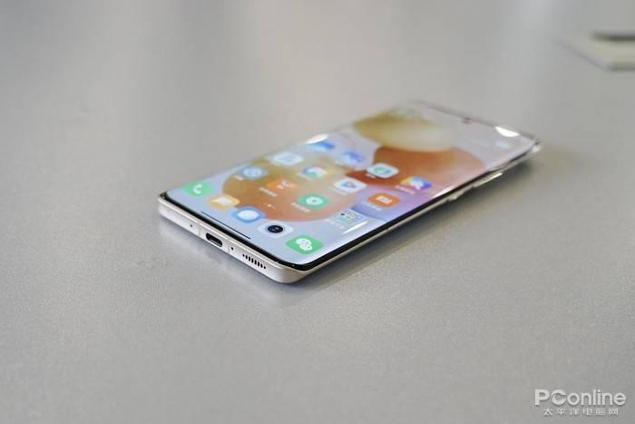 小米civi评测:一款不太像小米的自拍手机