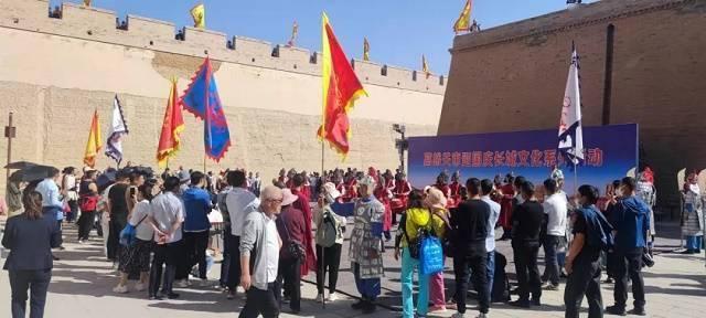 结合当地文化特色和旅游资源特点,甘肃省培育新消费热点_假日